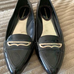 Tommy Hilfiger patent leather loafers size 7